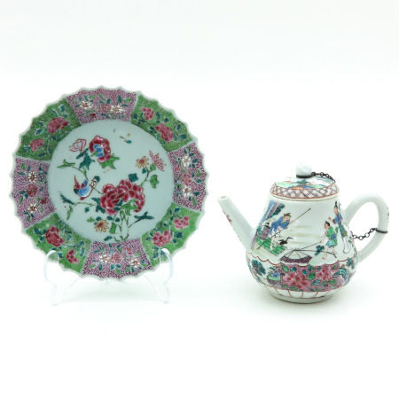 A Famille Rose Teapot and Tray