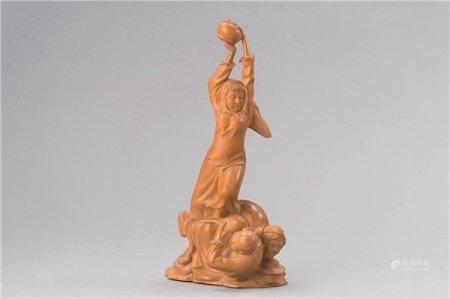 文革时期(1966-1976) 黄杨木雕白毛女立像