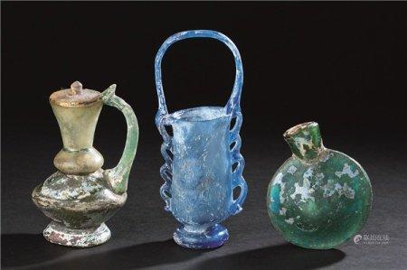 4-6世纪 蓝琉璃提篮式花插 绿琉璃执壶 扁壶 (三件一组)