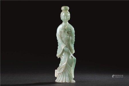 清代(1644-1911) 翡翠雕仕女立像
