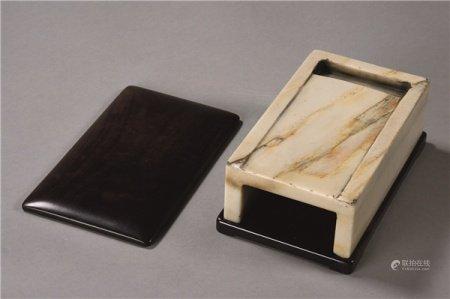 清代(1644-1911) 白端抄手砚