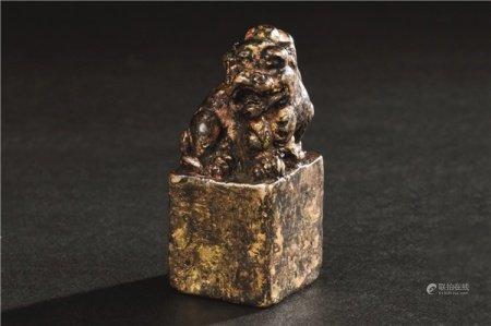 铜鎏金瑞狮钮印材