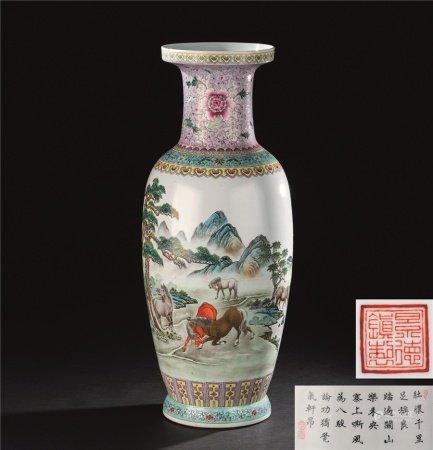 70年代 粉彩八骏图纹大瓶
