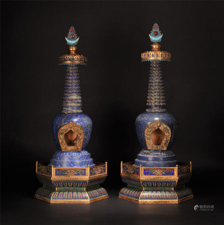 A PAIR OF CHINESE LAPIS CLOISONNE ENAMEL BUDDHIST NICHE TOWER
