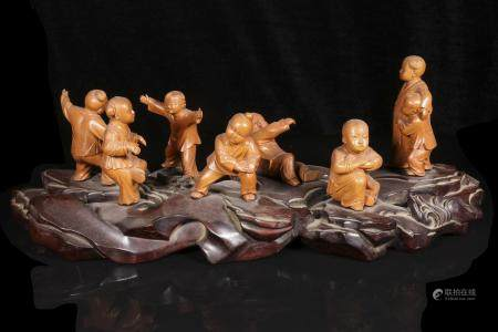 republic Zhu Zi Cang style Boxwood boys play hide-and-seek
