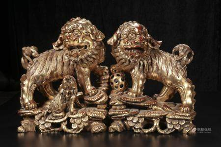 qing dynasty Wood carvings too much golden lion little lion