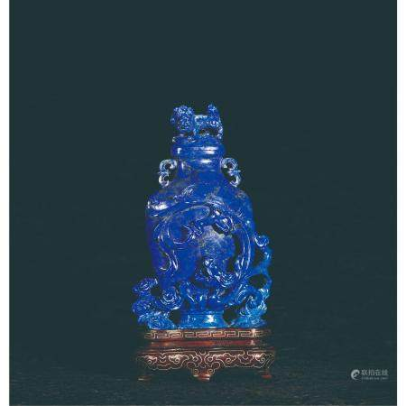 Qing Qianlong carved dragon cap bottle