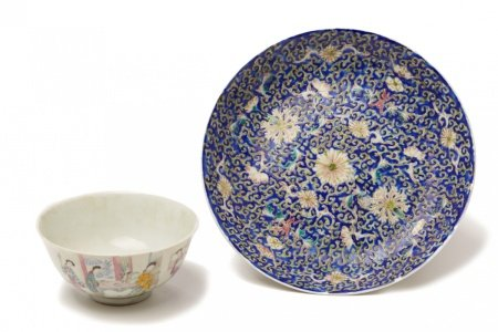 A FAMILLE ROSE BOWL AND A FLORAL ENAMELLED DISH
