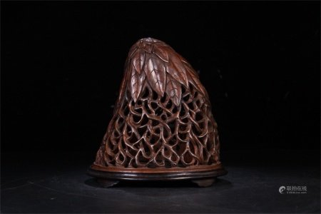 A Chinese Carved Bamboo Incense Burner