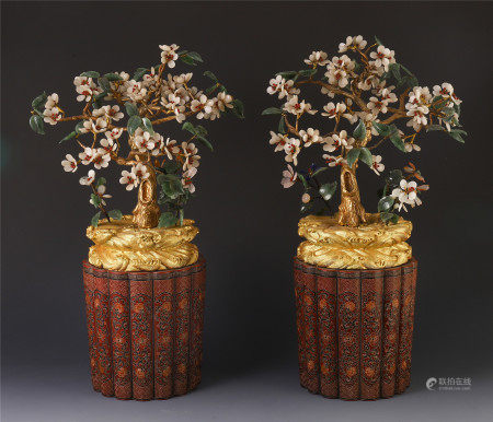 A PAIR OF CHINESE JADE CARVED BONSAI DECORATION IN LACQUER BASIN