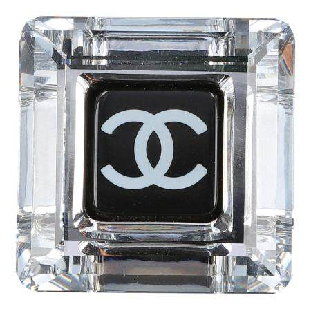 CHANEL Pin, Herbst/Winter 2005.