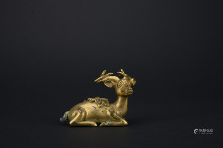 Qing dynasty gilt bronze deer ornament