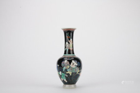 Qing dynasty black glaze figure bottle