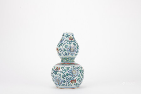 Ming dynasty multicolored bottle gourd with flowers pattern