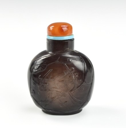 Chinese Cyrstal Snuff Bottle w/ Agate Stopper