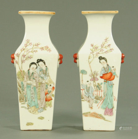A pair of Chinese porcelain square shaped vases, Republic period,