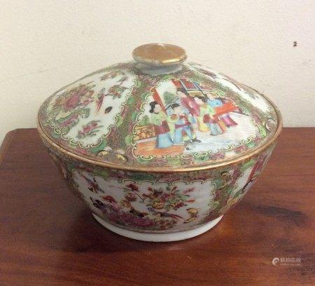A good quality Antique Canton pot pourri and cover
