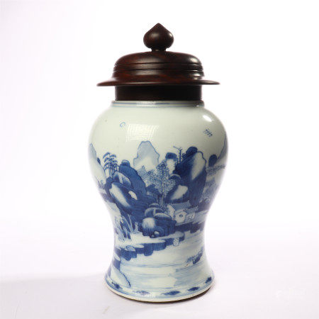 Blue and white vase with flower patterns in mid Qing Dynasty