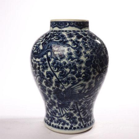 Qing Dynasty blue and white phoenix wear peony pattern general jar