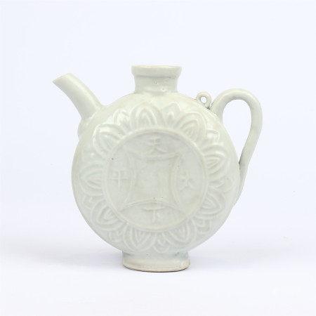 Yuan Dynasty blue white glaze straight pot