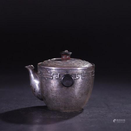 昭和時期(1926年—1989年) 純銀螭龍紋斟茶壺