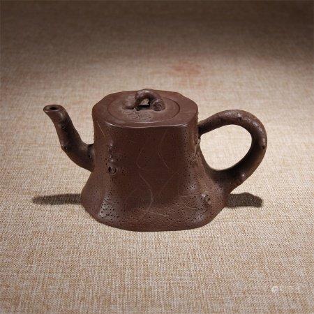 清 松樹題材紫砂壺