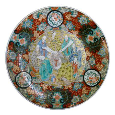 Early 20th Century Japanese porcelain charger, late Meiji/Taisho, depicting the Eight Immortals with