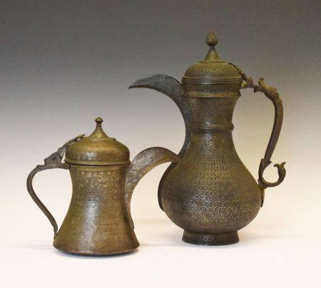 Large 18th/19th Century Indian (Deccan) copper alloy coffee pot, of bulbous form with zoomorphic