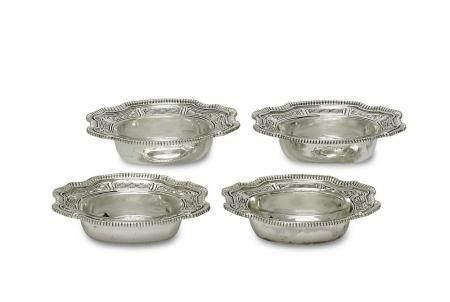 Vier Salzgefäße