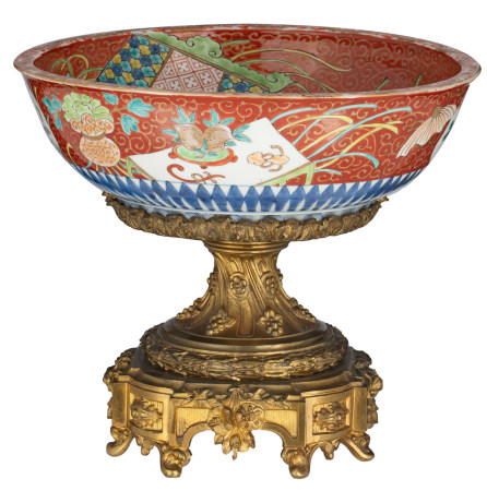 A Chinese blue and white and iron-red porcelain bowl