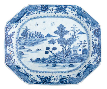 A large Chinese Nanking blue and white export porcelain octagonal plate
