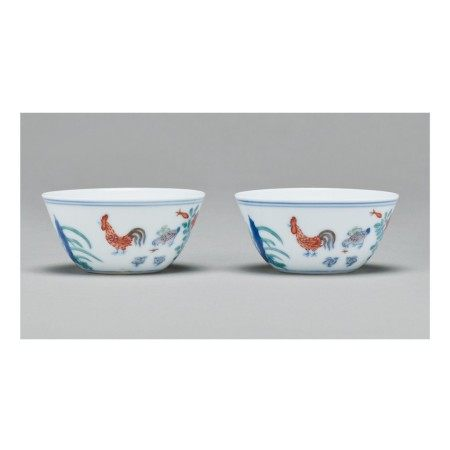 A PAIR OF DOUCAI 'CHICKEN' CUPS,  QING DYNASTY, KANGXI PERIOD