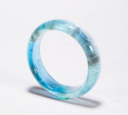 Aquamarine Bracelet from Qing 清代海藍寶石手鐲