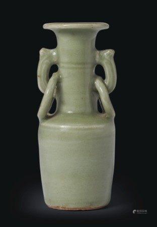 元 龍泉窯青釉獸耳銜環盤口瓶