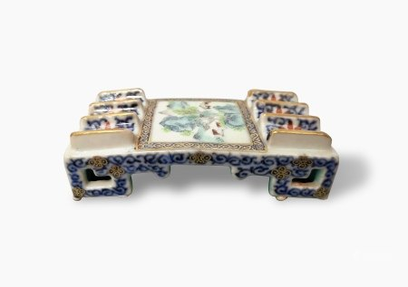 A Blue and White and Famille-Rose 'Landscape' Brush Rest, Qianlong Period, Qing Dynasty