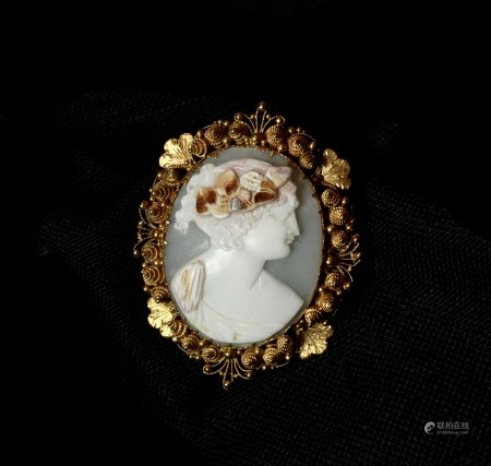 Cameo Gold Filigree Brooch, 1820s, Georgian