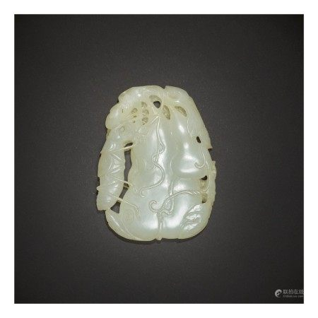 A WHITE JADE 'DOUBLE GOURD AND KATYDID' PENDANT,  QING DYNASTY, QIANLONG PERIOD