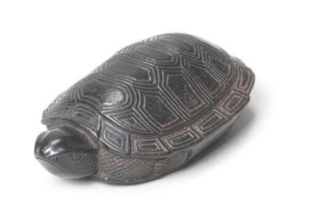 An ebony netsuke of a tortoise By Soryu, probably Iwami Province, late 18th/early 19th century