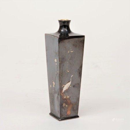 光逸作 四分一銀金銀象嵌四季花鳥紋角花瓶