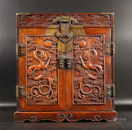 A CHINESE CARVED DRAGON PATTERN HARDWOOD BOX
