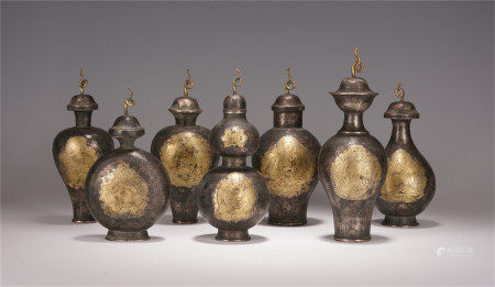 A SET OF CHINESE GILT SILVER CARVED BUDDHA STATUE LIDDED BOTTLE