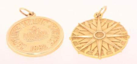 Tiffany & Co., two 14k gold pendants, 9,3 gram