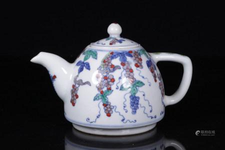 CHINESE DOUCAI TEA POT
