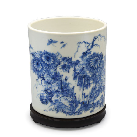 Blue and White Porcelain Chrysanthemum Brush Pot