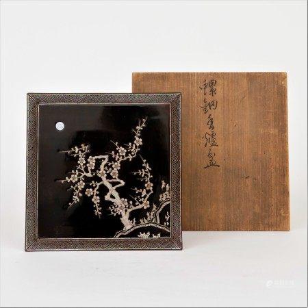 清 黑漆嵌螺鈿月夜梅花紋方盤