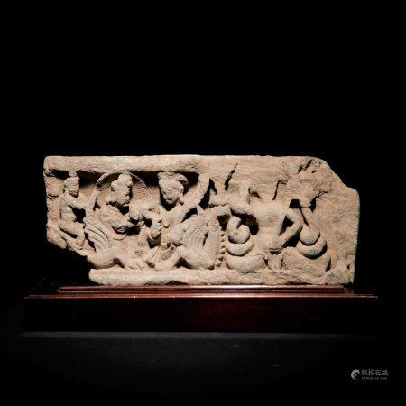 三-四世紀 石雕眾神像片岩