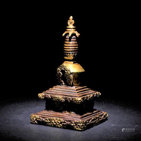 十八世紀 銅鎏金佛塔