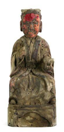 Daoistischer ReichtumsgottChina, späte Ming-Dynastie. Holz geschnitzt mit spärlichen Resten der