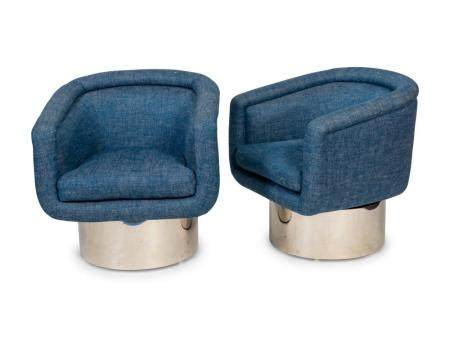 A Pair of Mid-Century Chrome and Upholstered Swivel Chairs H