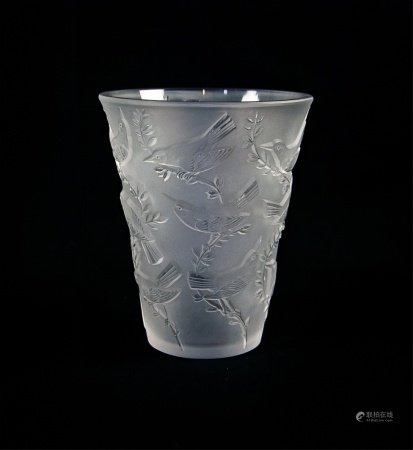 LALIQUE FRANCE CLEAR AND FROSTED GLASS BIRD VASE